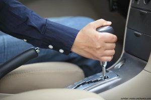 Beli Mobil Bekas Bertransmisi Automatic? Simak Dulu 5 Fakta Ini
