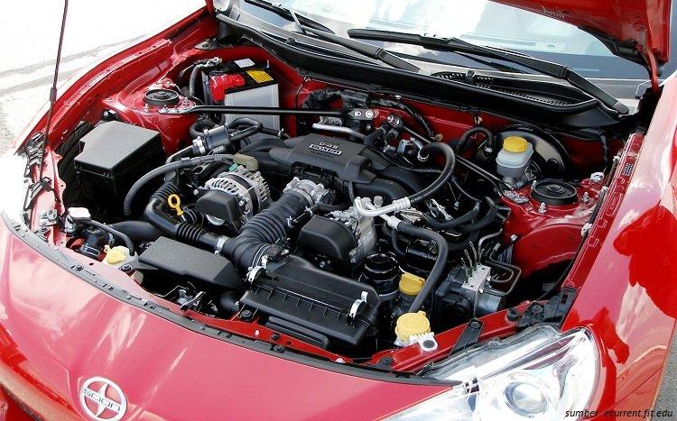 Internal Mesin Mobil