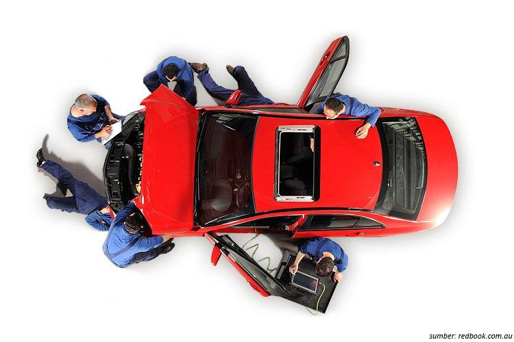 Tenaga Ahli Mobil Bekas