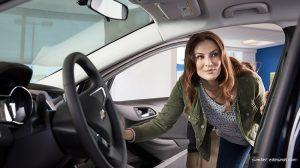Ini Dia 5 Pertimbangan Memilih Mobil Untuk Perempuan Aktif