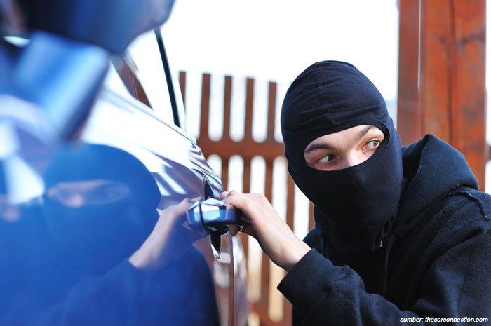 Awas Beli Mobil Bekas Curian! Ini Cara Membedakannya