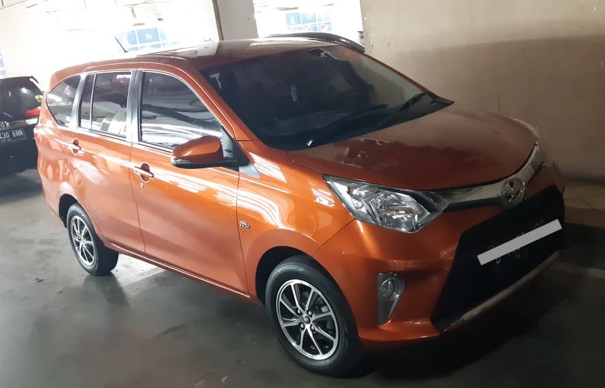 Harga mobil bekas di bawah 100 juta - Toyota Agya 2018