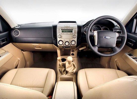 Ford Everest Bekas, SUV Tangguh Harga Rp100 Jutaan